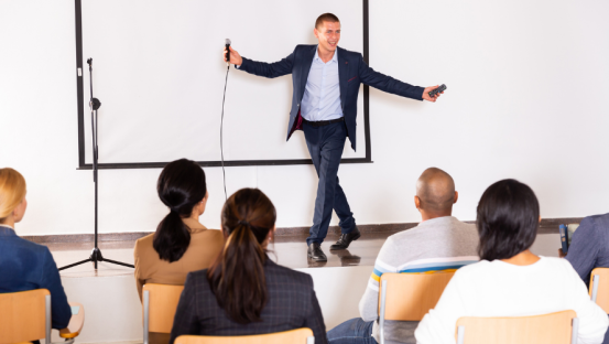 What Makes a Strong Motivational Speaker