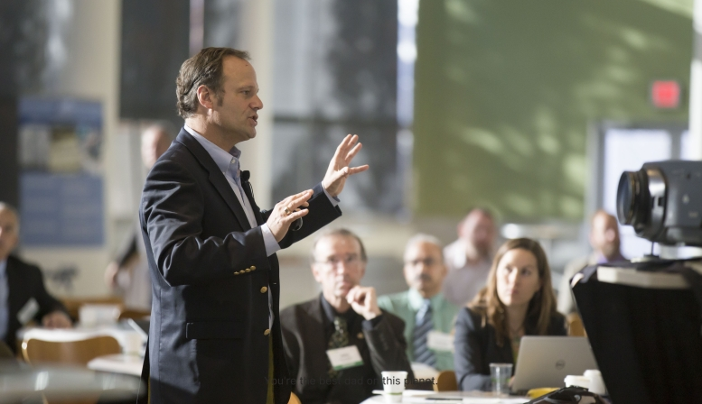 6 Ways to Improve Your Public Speaking Performance