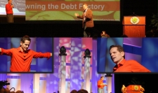 Dynamic conference speaker