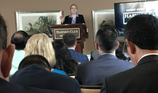 Speaking to over 100 Entrepreneurs at Harvard Club